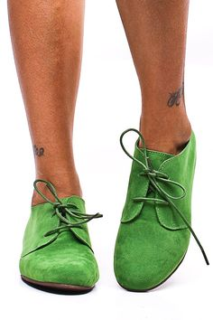 APPLE GREEN FAUX SUEDE LACE UP OXFORD INSPIRED FLATS