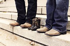 cowboy boots, maternity photos, famili, family photos, baby announcements