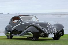 13090313 1936 Delahaye 135 Figoni et Falaschi Torpedo Cabriolet.  Yeah, I'd drive that!