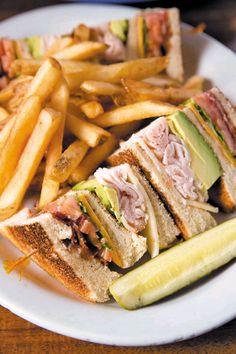 verticalfood:  Club Sandwich