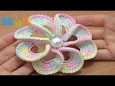 3D Spiral 8-Petal Flower Trim Around Tutrial 56.