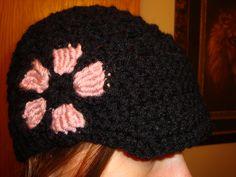 Crocheted brimmed hat.... I <3 crochet!