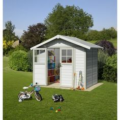 Handy outdoor living space.  http://www.worldstores.co.uk/p/Grosfillex_8ft_x_7ft_%282.4m_x_2m%29_4.9_Green_Deco_Shed.htm