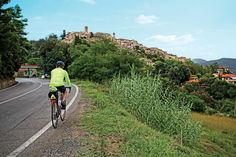 Ride at your own pace on VBT's Tuscan Hill Towns by Bike​ vacation. #Tuscany #Italy