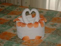 towel decor, bath towel, heart fill, handtuch origami, towel origami, romantic weddings, fold towel, wedding proposals, origami kris