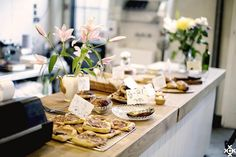 London, East: Lily Vanilli Bakery, Columbia Road