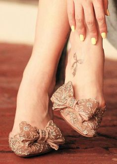 #foottattoo #bow