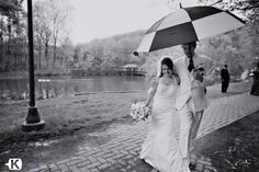 rainy wedding picture