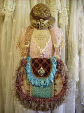 Daphne Nicole - Lynda Cade: collage purse