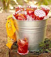 Picnic/BBQ party ideas/inspiration feature www.partyfrosting.com baby food jars, juic, picnic theme, summer drinks, birthday parties, mason jars, parti idea, themed parties, jam jar