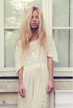 mes demoiselles look book. amazing.   also- want her hair