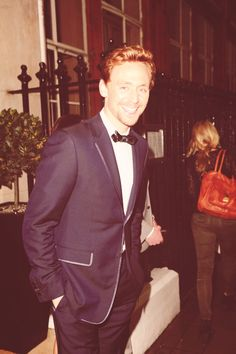 What I find funny about Tom wearing the same tux over and over again is that it always looks different. What I mean by that is he wears it in many different ways which gives the illusion that it's a different outfit. I love a man who's practical with his wardrobe <3