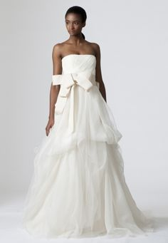 Presenting the Vera Wang Classics Bridal Collection. Browse, print, and share these wedding dresses.