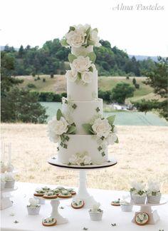 Countryside summer wedding cake