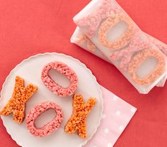 10 Creative Valentine's Crafts for Kids // Real Simple - Nicole Gerulat