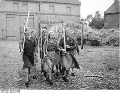 German girls during WWII