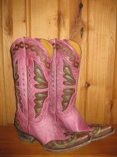I never thought I would see pink cowboy boots that are both cute and still cowboy. Most of them are too frilly!