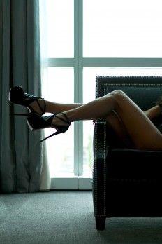 Boudoir Photography by annadphotos.com #boudoir #pose #photography