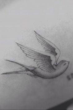 Bird tattoo Hilary Duff