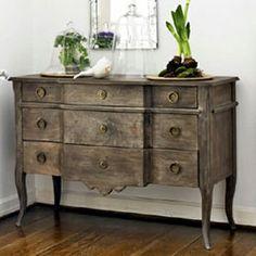 grayed wood look