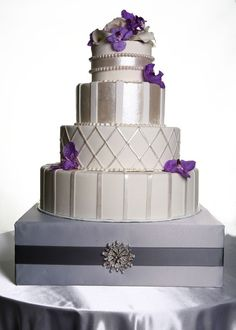 we can make a cake stand like this for you