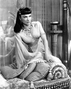 Anne Baxter as Queen Nefertari in Cecil B. DeMille's The Ten Commandments (1956)