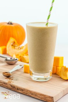 Pumpkin Pie Smoothie: If you get excited when pumpkins start hitting the shelves at your local grocer, this smoothie is for you! We are all for anything that tastes like pie in smoothie-form, and this combination fits the bill. #VegaSmoothie