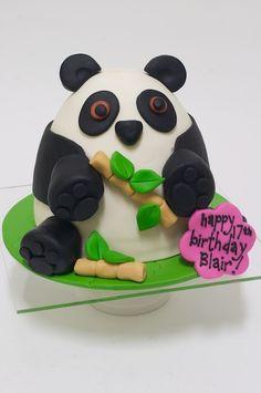@Renee Cooper, Panda cake!  studiocake: wee cakes