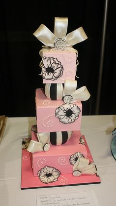3rd Place Cake by its-a-piece-of-cake, via Flickr