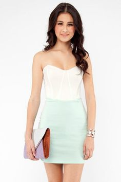The Ponti of Color-blocking Bodycon Dress in Seafoam $30 at www.tobi.com