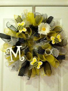 Bee spring mesh wreath - cute!