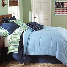 10-Piece Twin XL-Size Dorm Room in a Box in Navy / Stripe