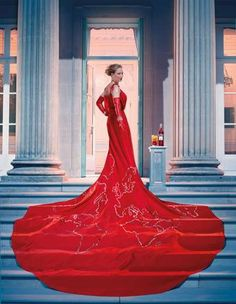 Thurman in rosso per calendario Campari