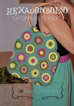 Qui istruzioni per la piastrella della borsa : http://culturacotonmignon.com/2013/08/28/explicacion-de-granny-maniac1/