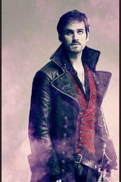 Colin O'Donoghue  (Captain Hook) <3