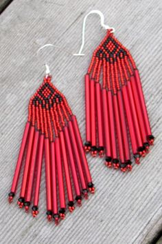 Red and Black Bugle Bead Earrings  by CreationsbyWhiteWolf on Etsy, #beadwork