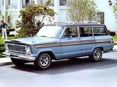 Jeep Super Wagoneer (1966).