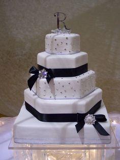 bling bling wedding cake with black ribbon