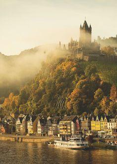 Medieval, el castillo de Cochem, Alemania foto por audrey