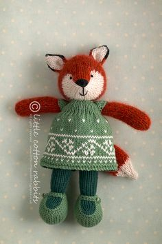 Cute little animals by this designer - faylinn by littlecottonrabbits, via Flickr