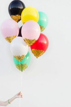 Balloons with a touch of glitter #glitterme