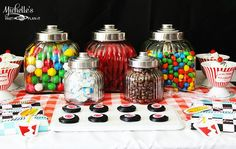 Golosinas retro para una fiesta años 50! / Retro candy for a 1950s party!