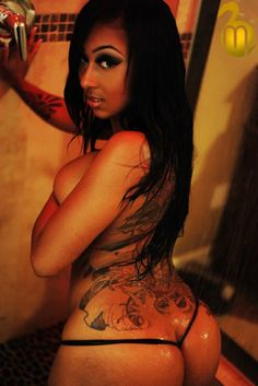 Meet Hot Black Girls on http://bestdatingwebsites101.com/black-dating-sites