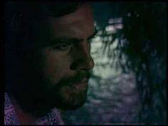 ▶ Σαν με κοιτάς (Μάνου-Φέρτης) - YouTube