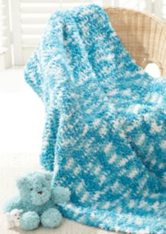 Whip up this fun Tiny Tickles Blanket for baby. | baby shower gift