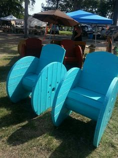 Spool chairs