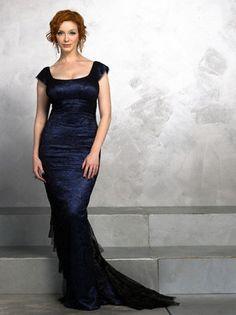 Christina Hendricks in a beautiful gown.