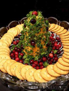 How To Make A Christmas Cheese Tree | #christmas #xmas #holiday #food #christmasdinner #holidayfood