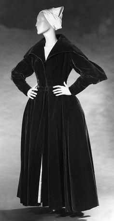 Silk velvet evening coat, Charles James, 1949