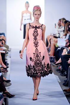 Oscar de la Renta at New York Fashion Week Spring 2013 - StyleBistro